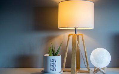Lampy stołowe do czytania – najmodniejsze modele na 2020 rok