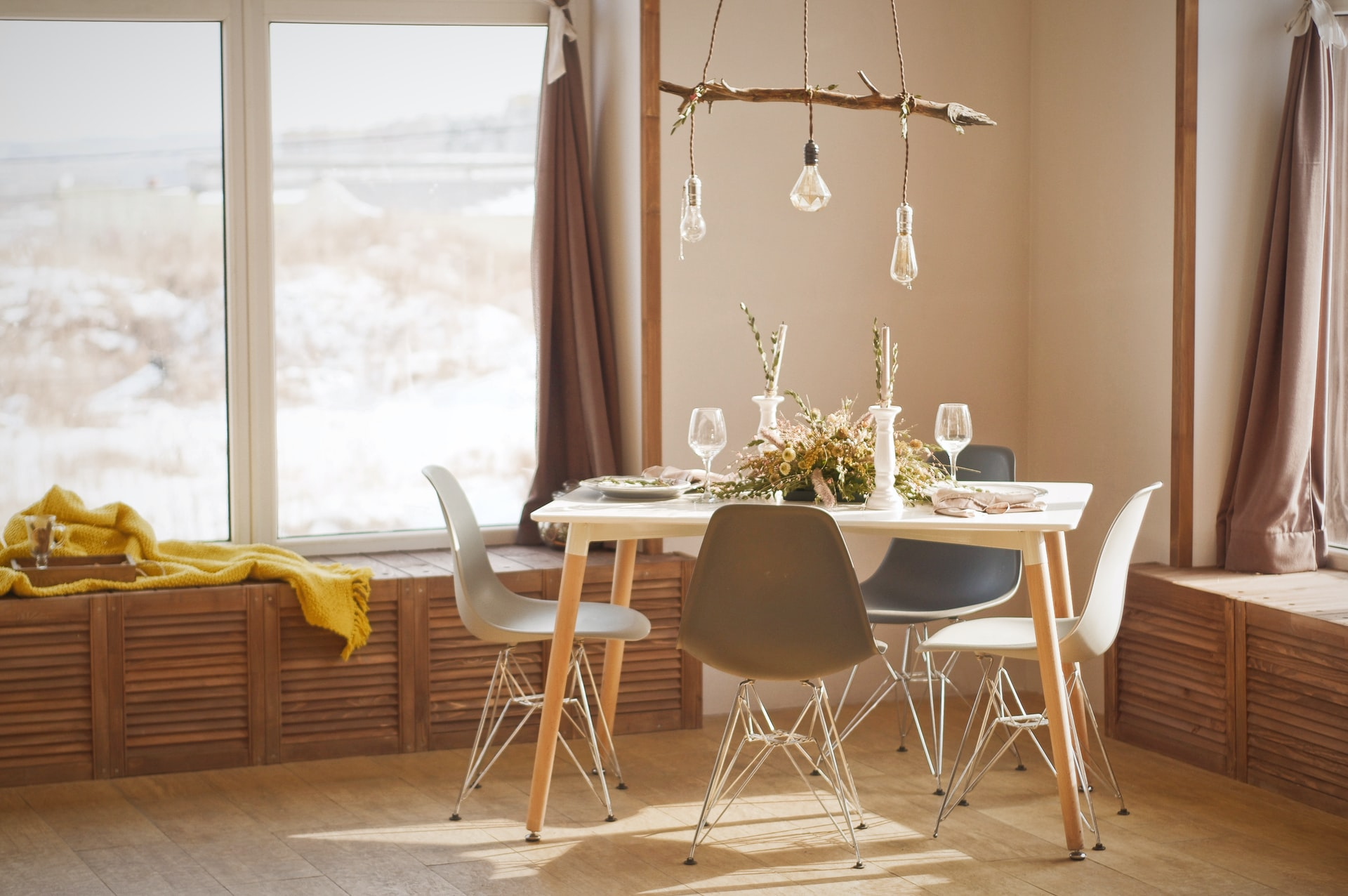 Przykład lamp wiszących do jadalni